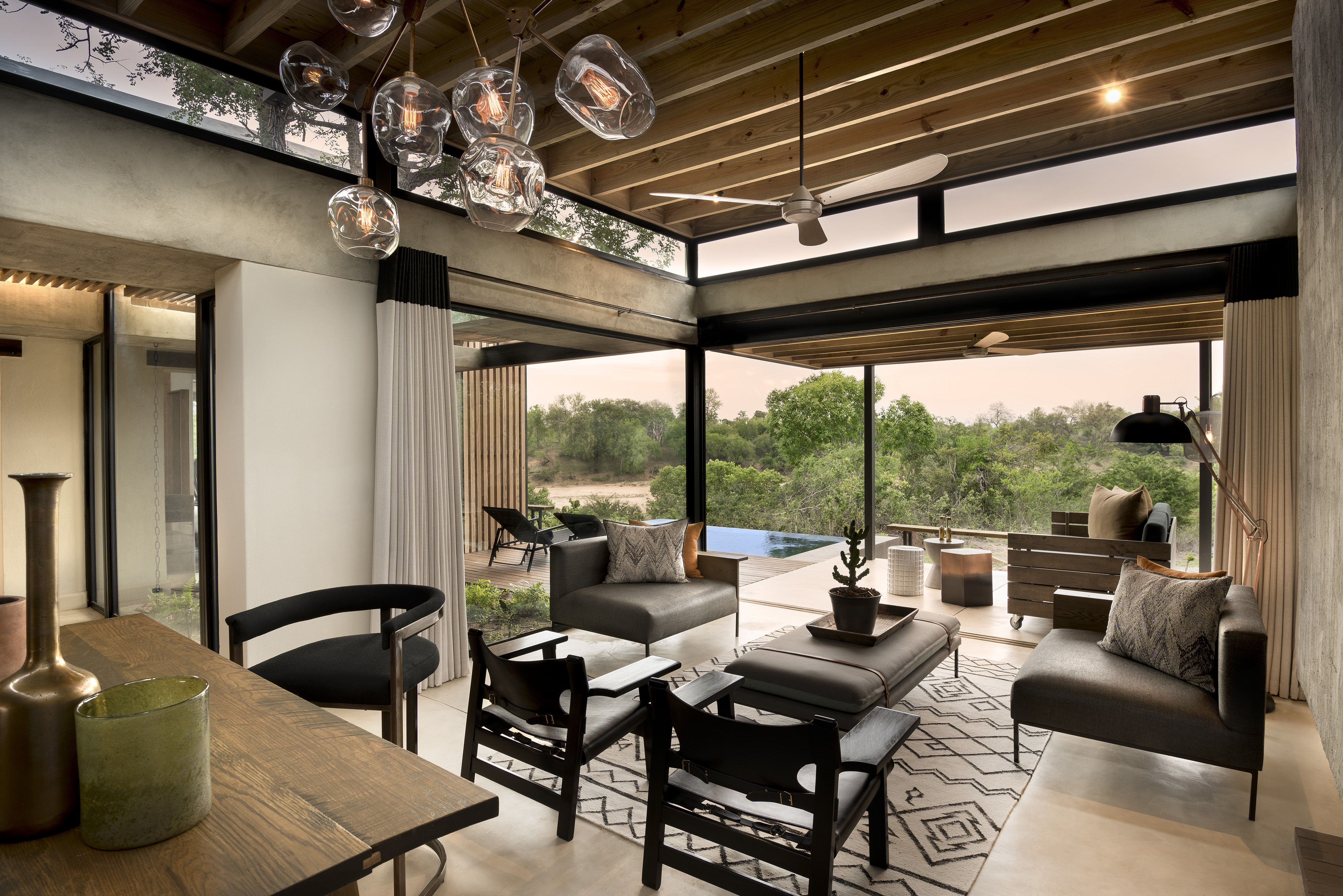 it s time to visit south africa lion sands ivory lodge dating with passports. Black Bedroom Furniture Sets. Home Design Ideas